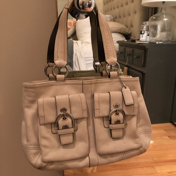 Coach Handbags - Leather Coach Purse